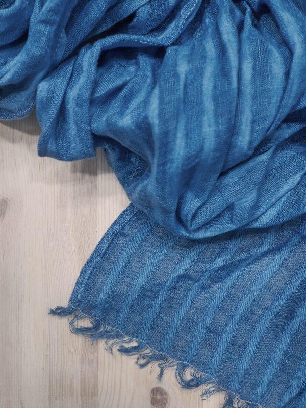 texttile scarf